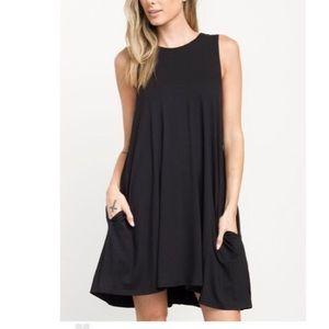 Black side pocket sleeveless tank swing dress